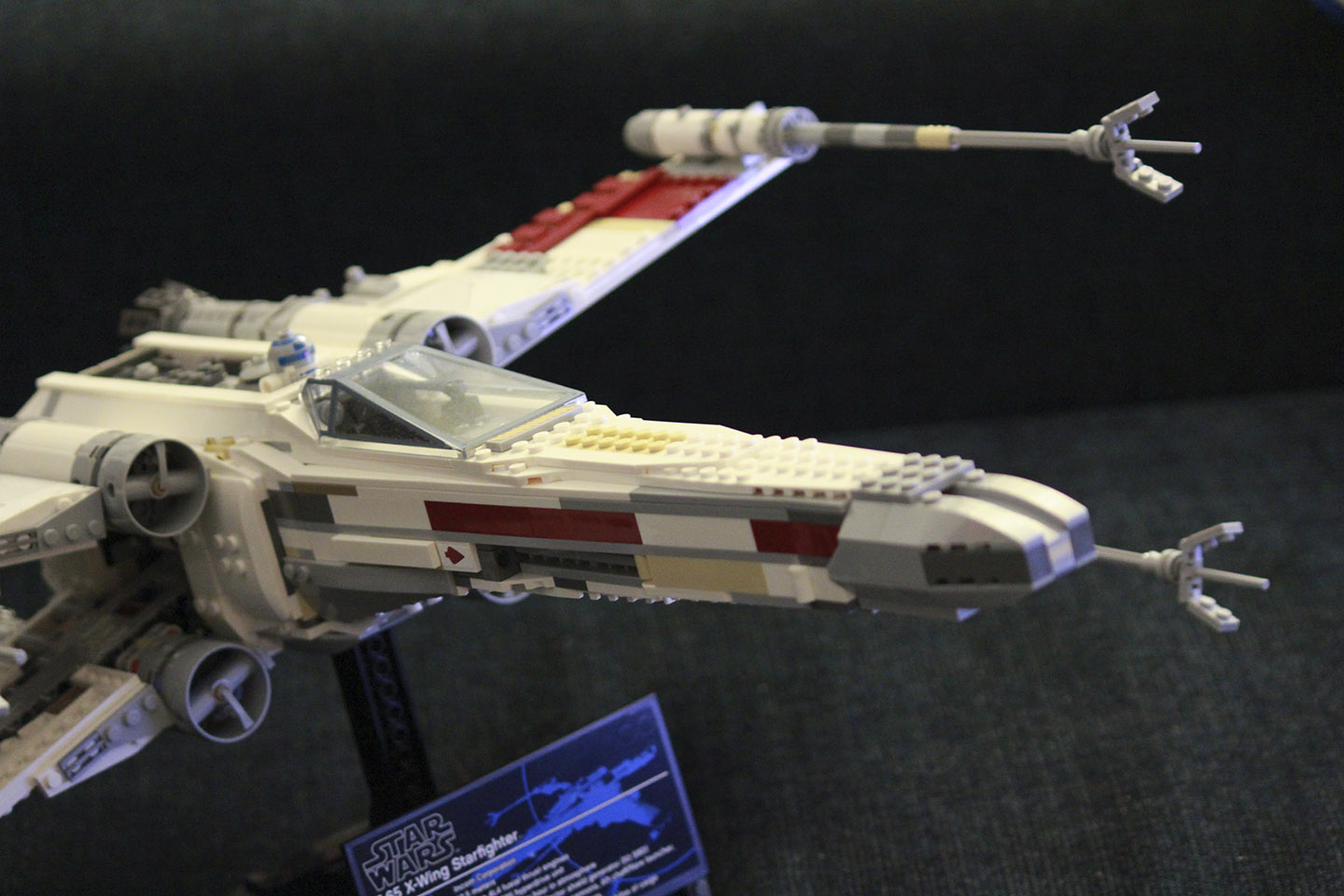 Star Wars X-wing Lego Red Five 2