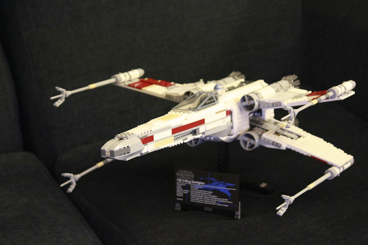 Star Wars X-wing Lego Red Five 3