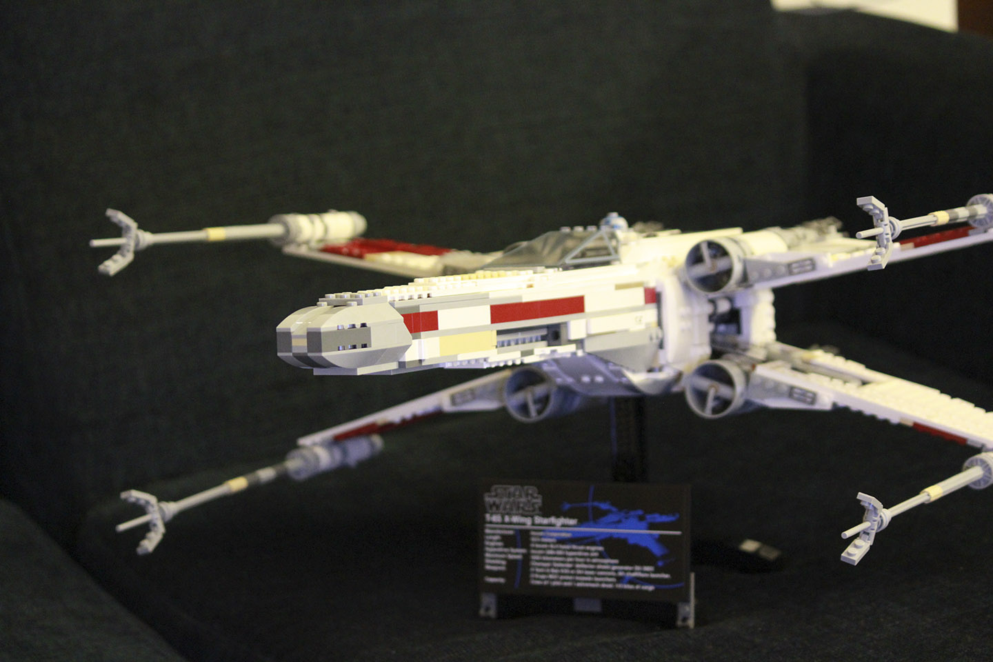 Star Wars X-wing Lego Red Five 1
