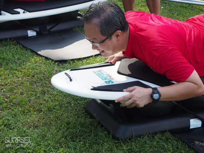 Lim Biow Chuan, Guest-of-honour, on SURFSET board